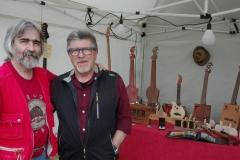 Casa della musica folk di Giuliano Calcagno a Go Marche In Blues 2018 con l'organizzatore Vittorio Ciarrocchi