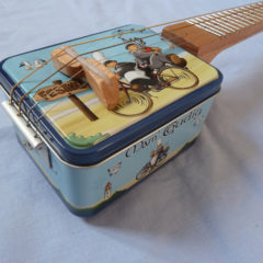 Box guitar mandolino Futuro