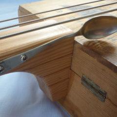 Box guitar basso vino