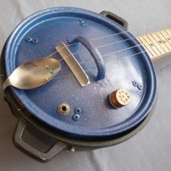 Steel guitar Cosabolleinpentola