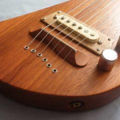 Lap steel guitar elettrica Padouk